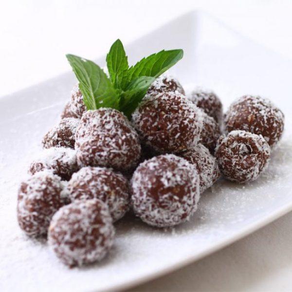 cacao-coconut-energy-balls-550x550